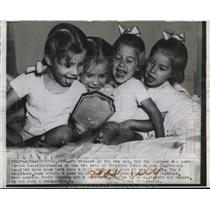 1946 Press Photo tonsillectomy on 2 sets of twins, St. Francis Hospital, Conn.