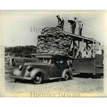 1937 Press Photo The automobile carries twenty four thousand pounds atop