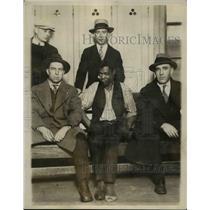 1927 Press Photo Charles Kreinsen, Robert Polite, Officer Murphy and Kelly
