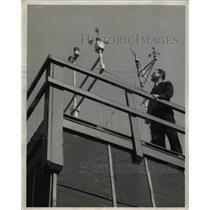 1943 Press Photo Edward Richards, U.SD. Weather Bureau Official - nee29192