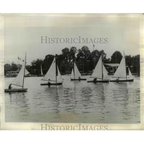1927 Press Photo Yachts lining up for the stars of the Royal Canoe Club race