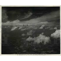 1940 Press Photo upper clouds- cumulo-nimbus, lower cumulus clouds - nee42367