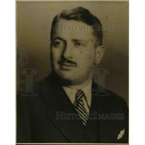1935 Press Photo Honourable David Arnold Croll, Minister of Labor, Welfare