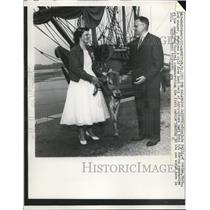 1957 Press Photo Virginia Kelly of Gobles, 4-H winner with her calf prize