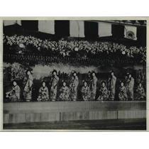 1930 Press Photo Japan Holiday Dresses