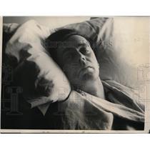 1924 Press Photo Officer Thomas McCabe Shot in Boston - nee47983