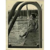 1938 Press Photo Palm Beach Fla, Railings make frame for Dorothy Miller.