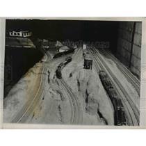 "1939 Press Photo 5/8"" Guage Penn Road Basement WalterSchmidt Allentown, PA"