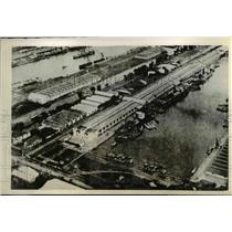 1942 Press Photo Java Port has First Air Raid - nee45581