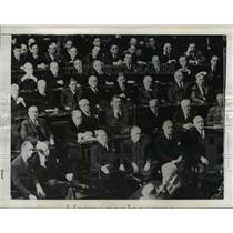 1941 Press Photo of members of all branches of US Government listening to Winsto