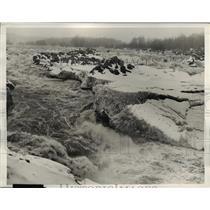 1936 Press Photo Loosening of Huge ice pack at Great Falls near Washington D.C.