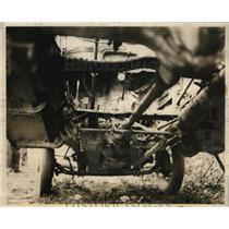1931 Press Photo Bottom of Car Floor Boards Were Burned Too - nee56943