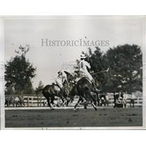 1935 Press Photo Hurlingham polo Capt PB Sanger,Hurricanes capt HC Walford