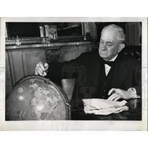 1946 Press Photo Texas Senator Tom Connally Marks Globe  - nee55382