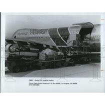 1977 Press PhotoFlying Tigers Line -Boeing 747 freighter loading