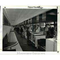 1984 Press Photo Traffic at Hopkins Airport