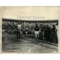 1924 Press Photo John Walters winning 800 Meter trial, B. Richardson, 2nd