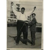 "1925 Vintage Photo Henry ""Smithy"" Rohwen wins ""mighty girth"" award LA"