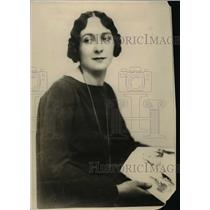 1926 Press Photo Miss Garvin Daughter of JL Garvin Editor in England - nee58969