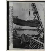 1954 Press Photo American Boat Lowered from Ship William Luckenbach US Aide Cont