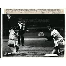 1979 Press Photo Lou Whitaker of Detroit starts slide as Toby Harrah stands by