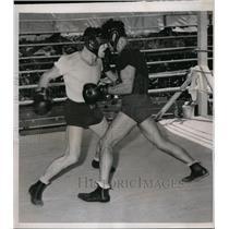 1939 Press Photo Saratoga Lake NY Bob Pastor spars with Italo Colonello