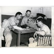 1946 Press Photo Miami Fla Manager Mel Ott, Ralph Kress & Clarence Jonnard