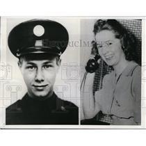 1942 Press Photo Pvt John Wittebort who wed Marjorie Crawfis by telephone