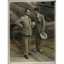 1931 Press Photo Senor Rafael Larco Herrera greeted by Juan E M Almenara