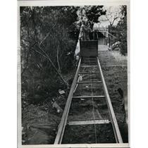 1949 Press Photo Patricia Marx in San Francisco cable car at JM Hammil house