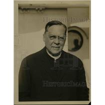 1922 Press Photo Archbishop Henry Moeller of Ohio abroad SS Reliance.