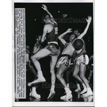 1956 Press Photo Bob Mattick if Phiillips Oilers battles for loose ball