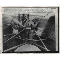 1958 Press Photo Technician Flicks And Switch The U.S.'s Sattelite  - nee75543