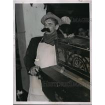 1937 Press Photo Jimmy Braddock at a dinner in NYC to honor Joe Humphreys