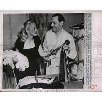 1951 Press Photo Robert Vogeler and wife Lucille after return from Red Prison
