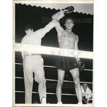 1937 Press Photo Ref Jack Dempsey raises Al Lovell's hand win vs Red Burman