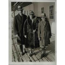 1934 Press Photo Mr & Mrs Henry Norwes & son Albert arrive in NYC from Chile