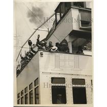 1928 Press Photo Lilian Cannon waving farewell of upper deck of S.S. Volendam.