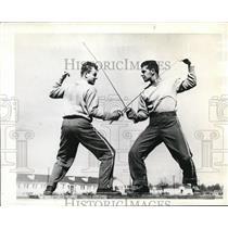 1942 Press Photo PA Marzulo vs JA Shafter fencing at Maxwell Field Ala