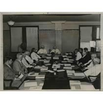 1936 Press Photo Executive Council of AFL pictured in crucial session.