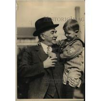 1924 Press Photo Milton S. Heasley Holds Little Boy - nee62342