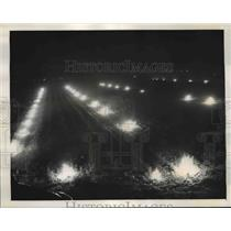 1940 Press Photo Field Smudge Fires During Freezing Temperatures, Florida