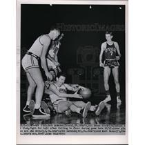 1951 Press Photo St Johns' Jack McMahon, Bruce Goodrich vs UtahKent Bates