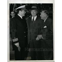 1942 Press Photo Commander Gene Tunney, George McLoughlin, Larry McPhail