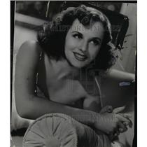 1942 Press Photo Paulette Gooddard, Plays her second sound role. - cvb00429
