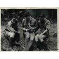 1938 Press Photo Boy Scout nature camping.  - nee80888