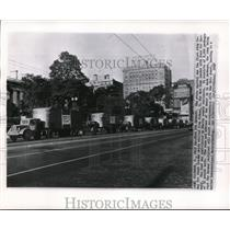 1948 Wire Photo The trucks at the state capitol stop - cvw09815