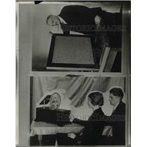 "1928 Press Photo Inventor C. Francis Jenkins w ""Radiovision"" Receiver"