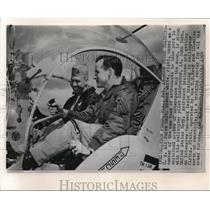 1964 Wire Photo Capt.Edward White during astronaut Training at Ellyson Field.
