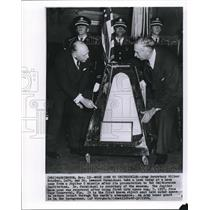 1958 Wire Photo Army Sec. Wilber Brucker and Dr. Leonard Carmichael - cvw09189